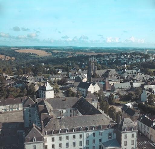 VIdémo, prise de vue aérienne par drone à Brest, nos réalisations : Carhaix